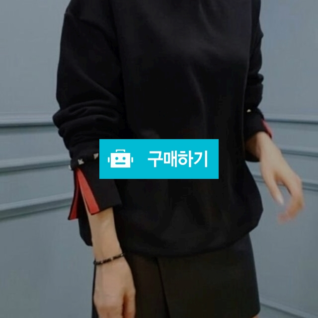 [VALENTINO] 발렌티노 소매테잎 맨투맨  / 럭소님의 스토어 / 디비디비 / 구매하기 / 특가할인