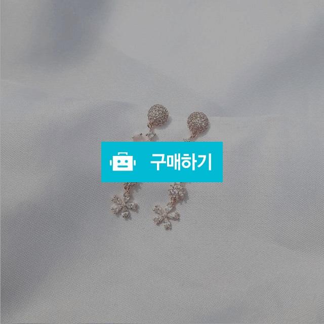 실버925 플라워 레이디 드롭 귀걸이 / 블링미미님의 스토어 / 디비디비 / 구매하기 / 특가할인