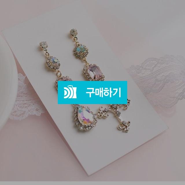 십자가 핑크 크리스탈 귀걸이 / Sublossom / 디비디비 / 구매하기 / 특가할인