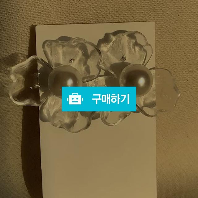 [티타늄] 아크릴 꽃 진주귀걸이 / Osring님의 스토어 / 디비디비 / 구매하기 / 특가할인