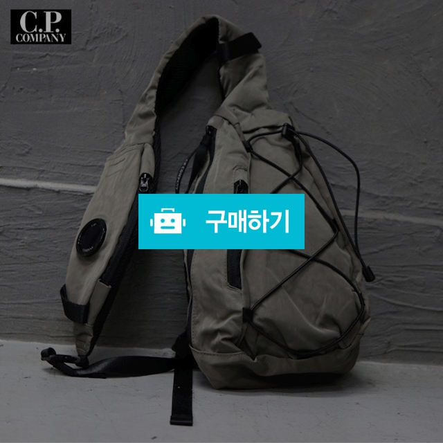 [C.P compay] 렌즈 크로스 백 / 럭소님의 스토어 / 디비디비 / 구매하기 / 특가할인