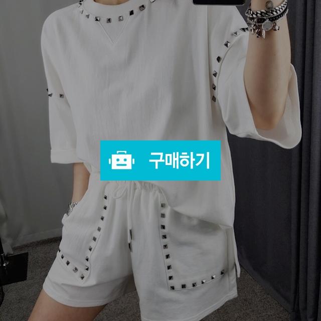 찡 라운드 티 / 장위동홍당무님의 스토어 / 디비디비 / 구매하기 / 특가할인