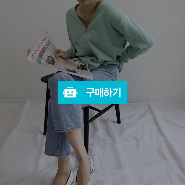 루즈핏 브이넥 니트가디건 울 40% / 오브더나인님의 스토어 / 디비디비 / 구매하기 / 특가할인