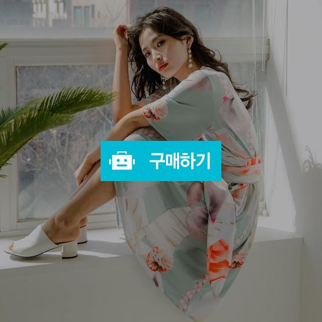 [블리다] Orange geometric wrap dress / 포틴데이즈 / 디비디비 / 구매하기 / 특가할인