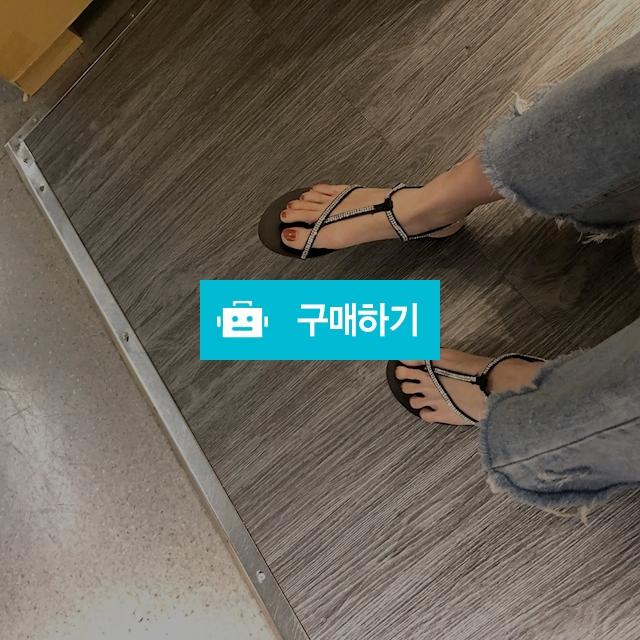 여름쪼리 / 여성쇼핑몰 이즈굿 / 디비디비 / 구매하기 / 특가할인