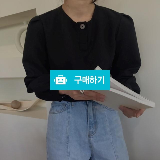 벌룬 퍼프 단추 블라우스 / 106dress님의 스토어 / 디비디비 / 구매하기 / 특가할인