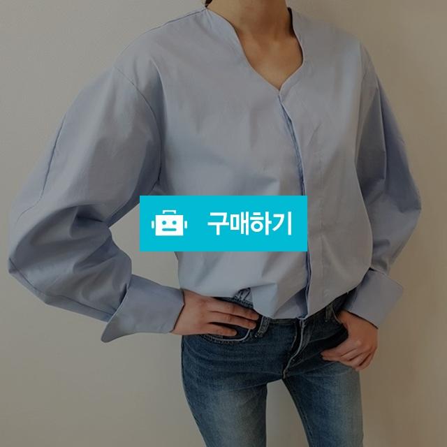 오버핏 벌룬 셔츠 블라우스 / 옹드로이님의 스토어 / 디비디비 / 구매하기 / 특가할인